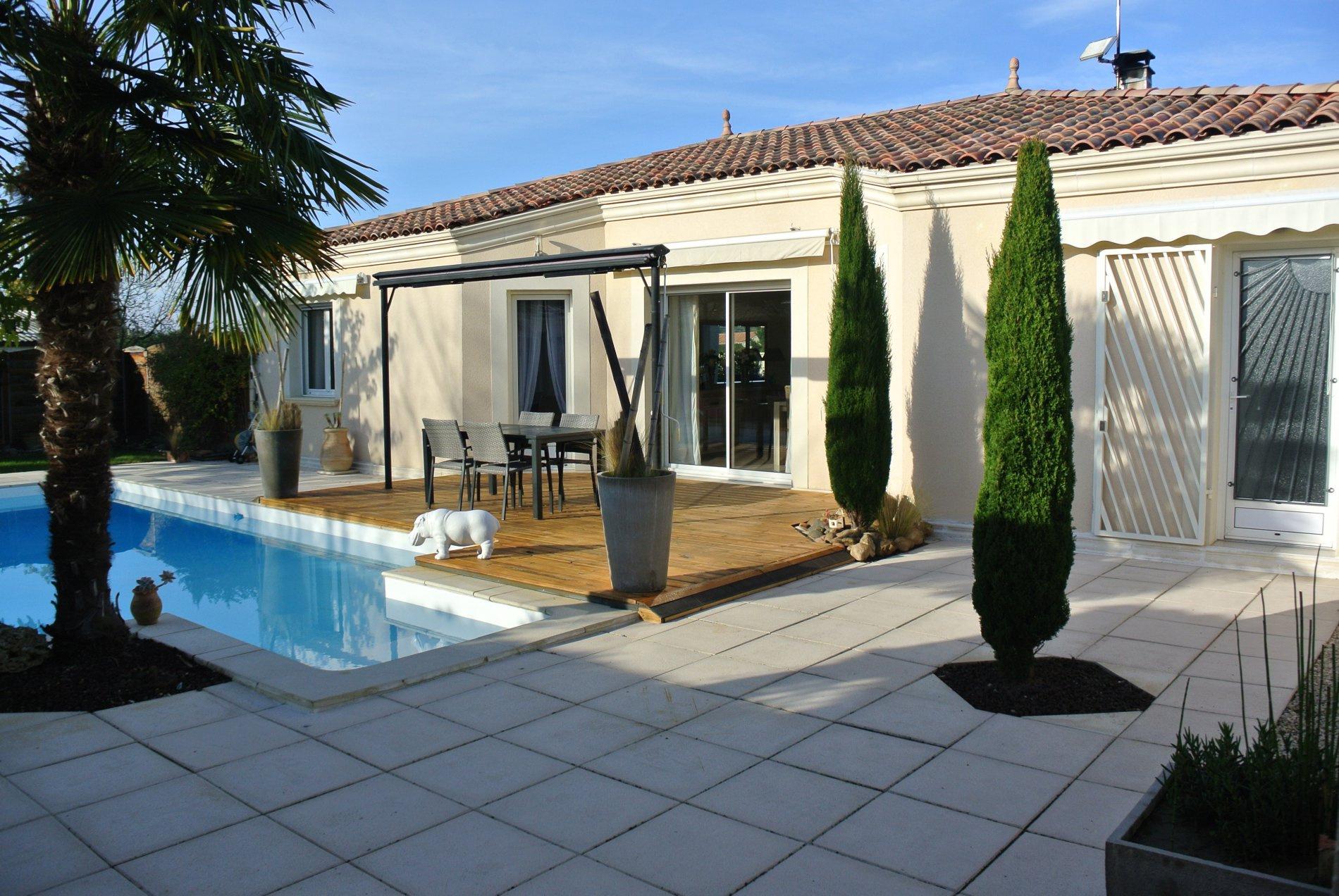 maison vendre de 122 m marmande 47200 au prix de. Black Bedroom Furniture Sets. Home Design Ideas