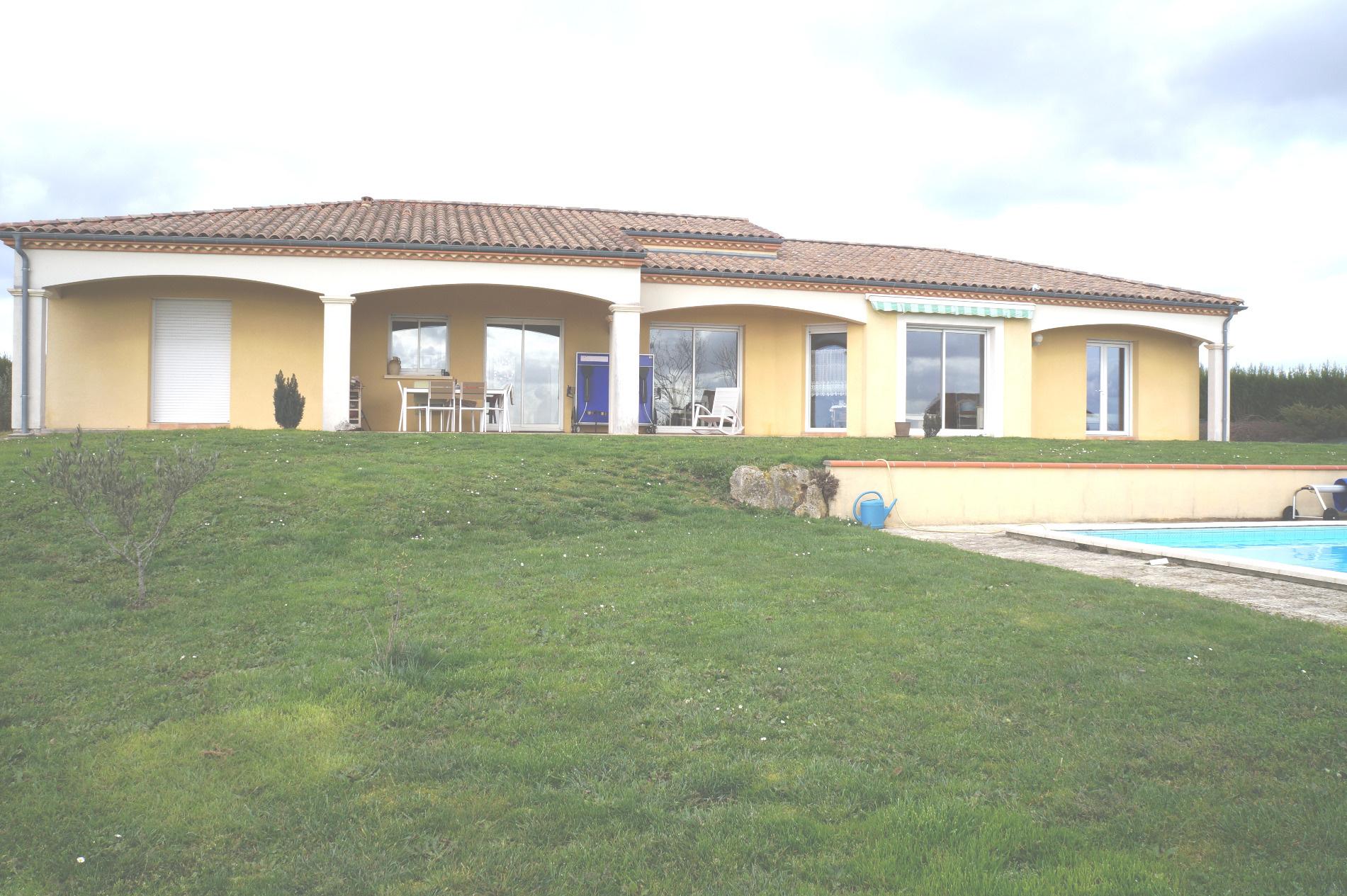 maison villa vendre de 180 m marmande 47200 au prix. Black Bedroom Furniture Sets. Home Design Ideas