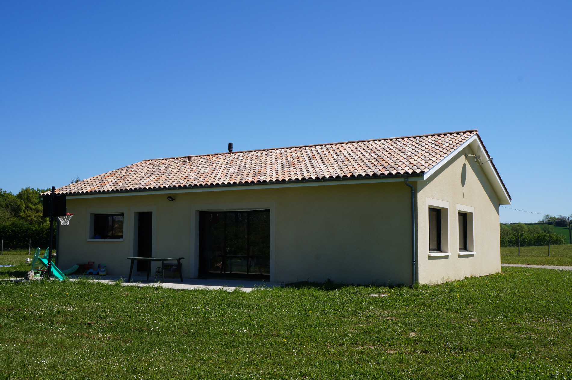 maison vendre de 113 m seyches 47350 au prix de 168 500. Black Bedroom Furniture Sets. Home Design Ideas